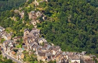 Bâti au XIIe siècle, le château était une forteresse militaire.