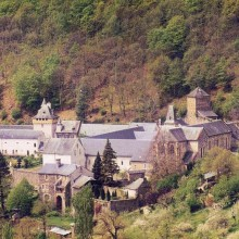 AV4D Cayrol GT11 Abbaye de Bonneval copyright Ot  espalion