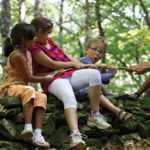 Six balades ludiques pour permettre aux enfants de mieux connaître la nature.