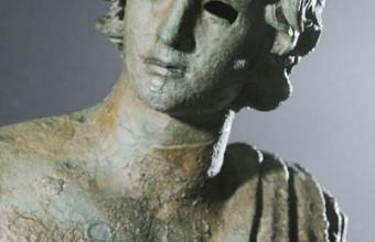 L'Éphèbe est l'unique bronze hellénistique retrouvé dans les eaux françaises.