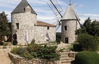 Les moulins de Faugères, qui dateraient du XVIe siècle, ont été restaurés.