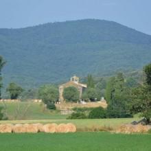 Autour de Villar-en-Val, deux sentiers artistiques conjuguent nature et culture.
