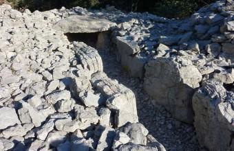 De nombreux dolmens jalonnent toute la région du pic Saint-Loup.
