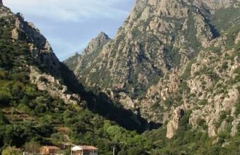 Vallées, gorges, monts, villages... Le parc offre une belle diversité.