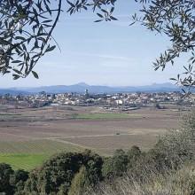 Depuis son promontoire, Lédignan offre une belle vue sur le Piémont cévenol.