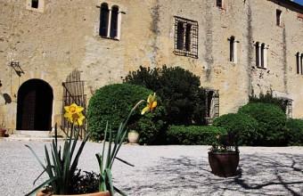 Havre de paix, le Monastir del Camp est l'un des fleurons de l'architecture romane.