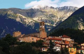 Au pied du Canigou, Vernet-les-Bains est une station thermale très nature.