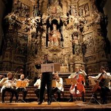 Le retable du maître-autel de l'église de Prades est l'un des plus grands de France.